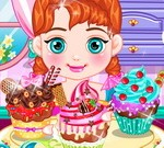 Baby-Anna-Tasty-Cupcake