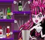 Draculaura Monster Bartender
